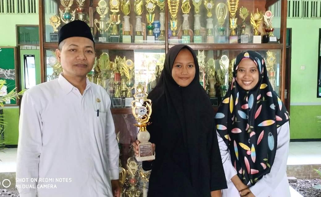 Giliran Pencak Silat Lambungkan Nama Madrasah