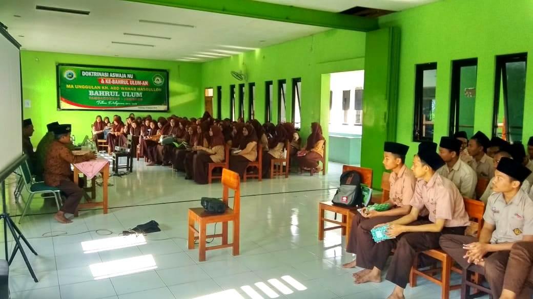 Ratusan Peserta Didik Menerima Pembekalan Aswaja