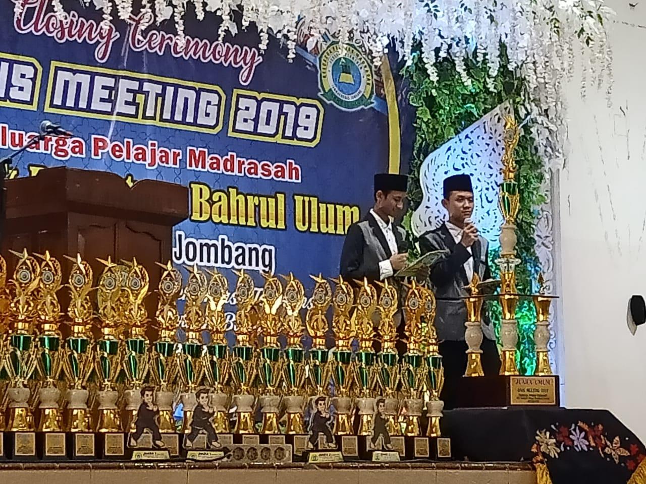 Lambungkan Nama Madrasah, Melalui OSIS Meeting
