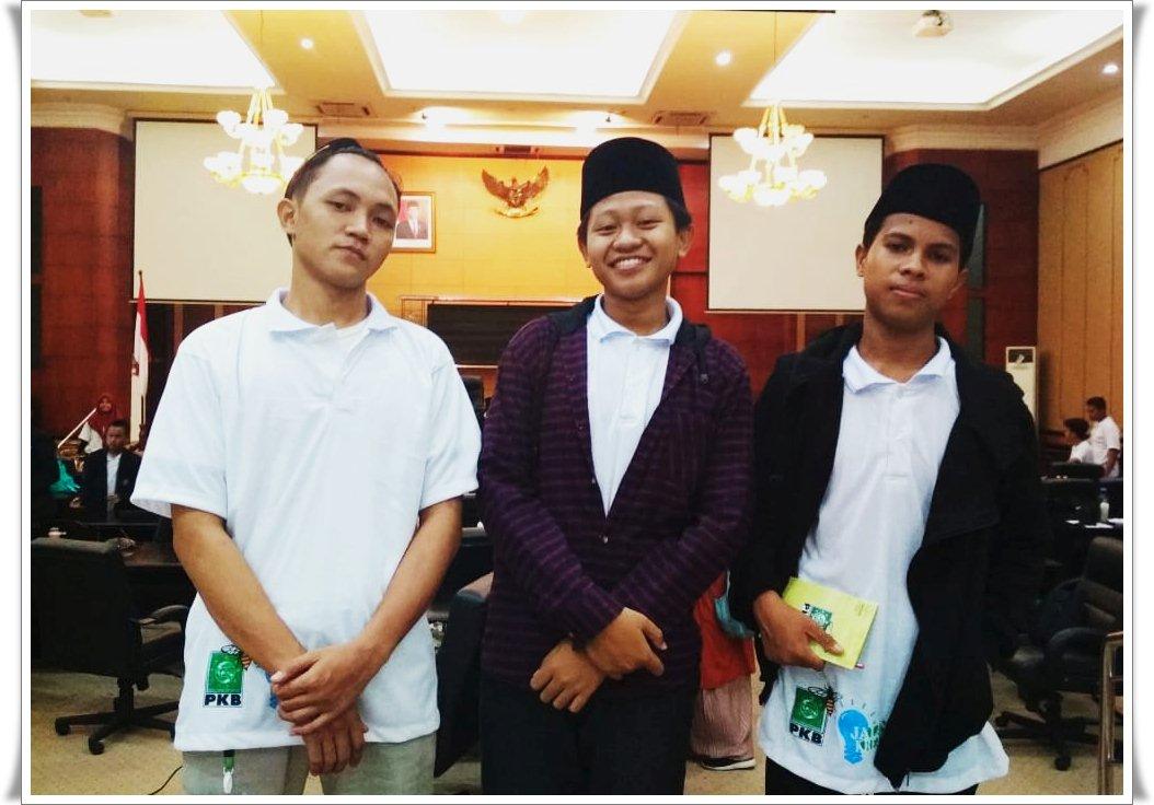 Tiga Siswa MAUWH Jadi Anggota DPRD Jombang